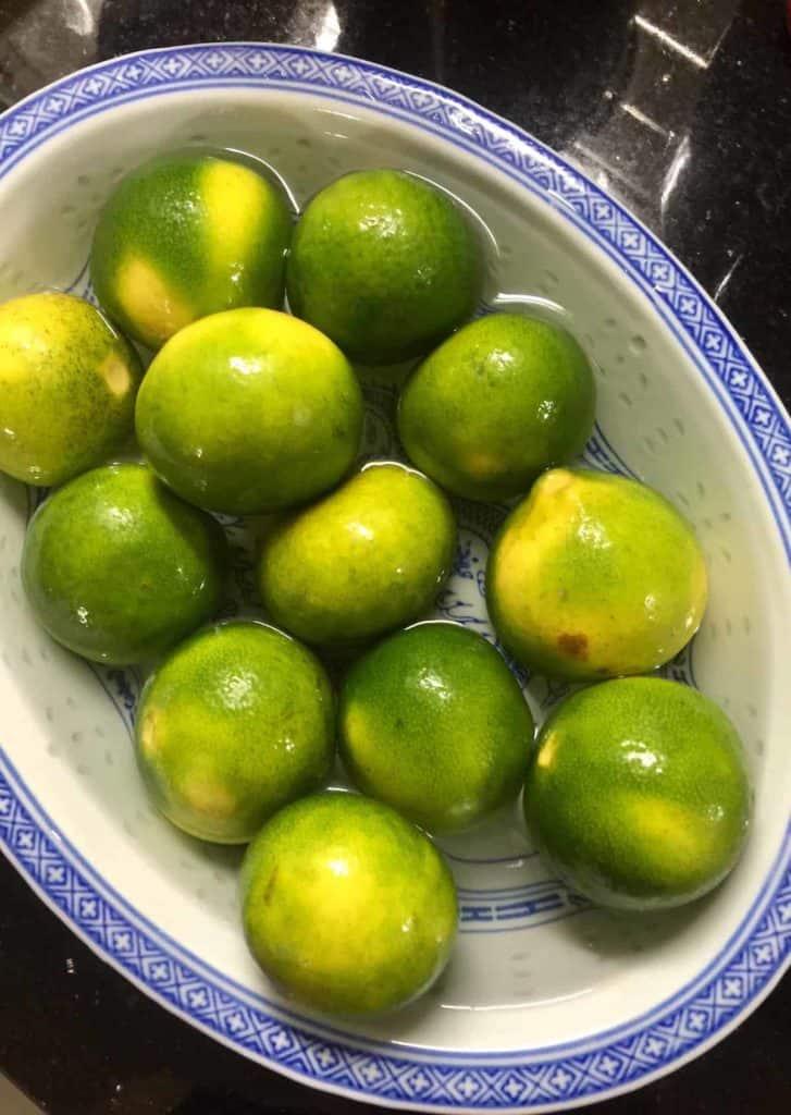 1 kg of Korean green tangerines